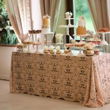 Vestuvinis stalas (Rausva-Auksninė)