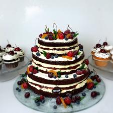 """Vestuvinis tortas """"Nude cake"""""""